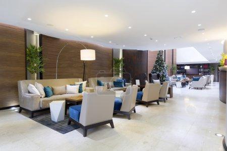 Photo pour Hall de l'hôtel de luxe moderne - image libre de droit