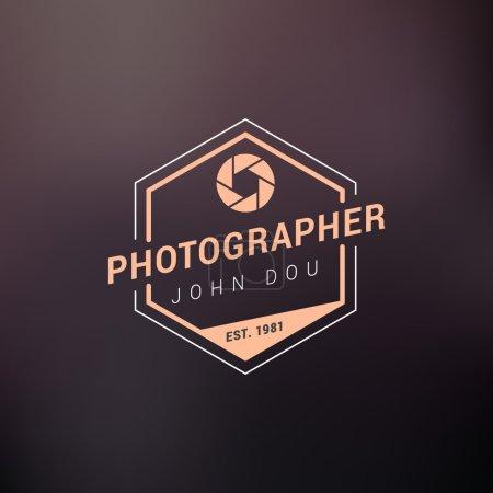 Illustration pour Modèle de conception de logo de photographie vectorielle. Badge ou étiquette rétro. Photographe - image libre de droit