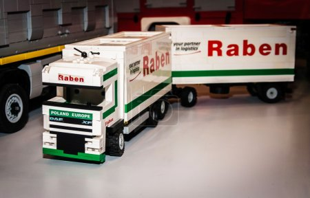 Truck Daf xf with Raben