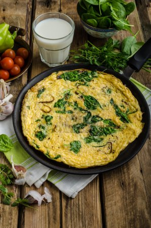 Frittata with spinach and garlic