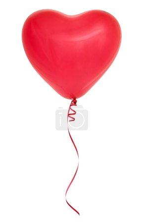 Photo pour Ballon rouge en forme de coeur isolé sur fond blanc . - image libre de droit