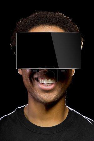 Photo pour Casque de réalité virtuelle sur un mâle noir, jeux vidéo - image libre de droit