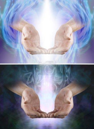 Photo pour Mâle concave des mains des doigts toucher dans un geste d'offrande doux et blanc arbre de lumière entre, un avec fond sombre avec fond formation Angélique - image libre de droit