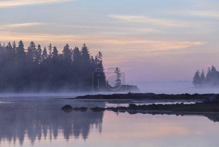 Photo pour Lever de soleil à la péninsule Schoodic dans le Maine, États-Unis - image libre de droit