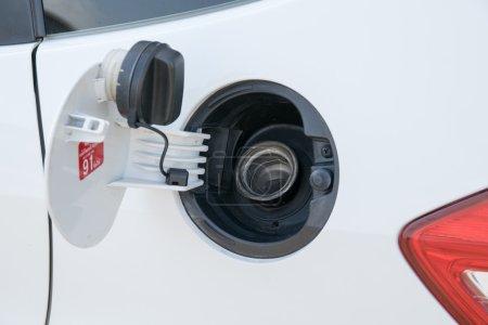 cap oil tank cars