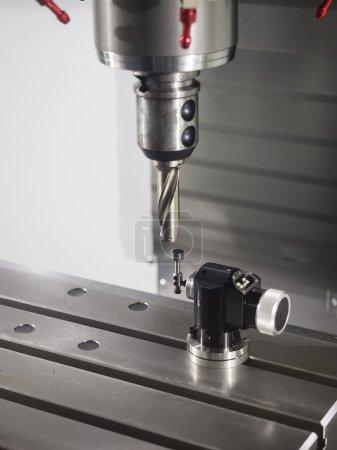 Measure tool length by CNC tool preset