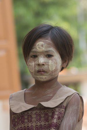 ASIA MYANMAR MANDALAY AMARAPURA THANAKA