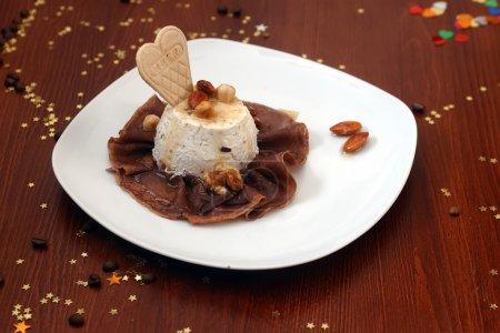 Vanilla ice cream and chocolate pancake