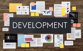 Podnikatelský plán na dřevěné stěně obrazce