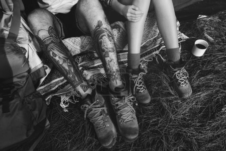 expedition and friends legs