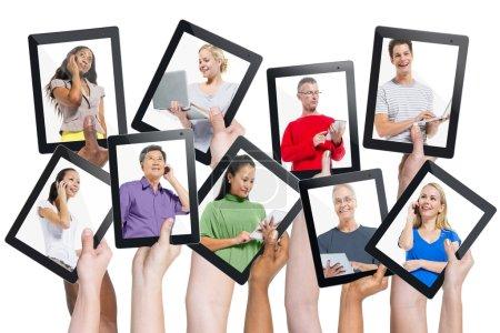 Diversity of Digital Devices, Communication Concept