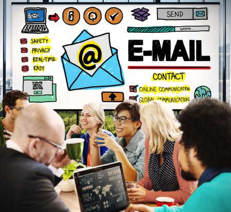 Online Messaging Concept