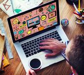 Webové média žárovka obsahu inspirace koncepce