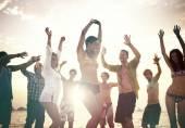 Lidé na Beach Party, koncept dovolenou