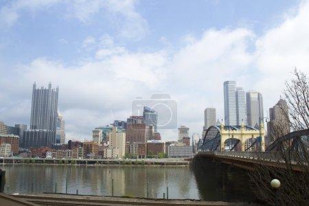Smithfield Street Bridge and Pittsburg skyline