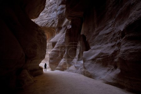 The Siq heading to Petra