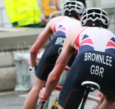 Brownlee brothers in the lead