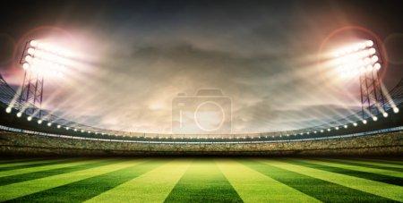 Photo pour Concept de lumières pour le stade football - image libre de droit