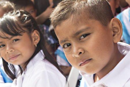 Foto de ASUNCIÓN MITA, GUATEMALA - 14 SEPTEMBER Kids celebrating Central America independence day - Imagen libre de derechos