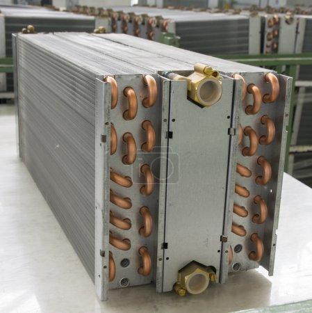 Photo pour Échangeur thermique en aluminium - image libre de droit