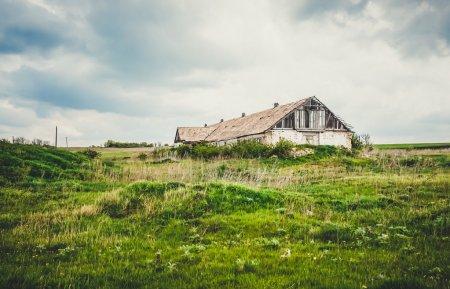 An old abandoned farm