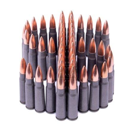 Photo pour Symbole des États-Unis dollar en munitions isolée sur fond blanc - image libre de droit