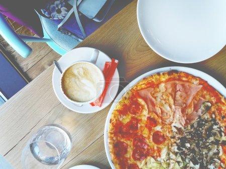 Italian pizza that dinner
