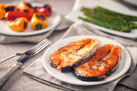 Fillet of salmon and  vegetables