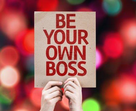 Photo pour Soyez votre propre carte Boss avec fond coloré avec des lumières déconcentrées - image libre de droit