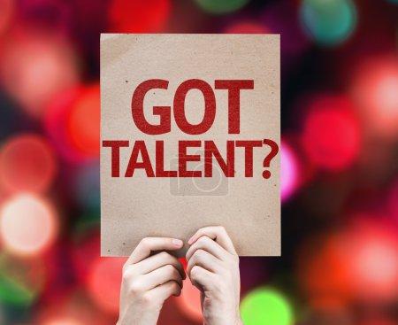 Photo pour Tu as du talent ? carte avec fond coloré avec des lumières déconcentrées - image libre de droit
