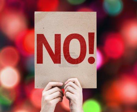 Photo pour Non ! carte avec fond coloré avec des lumières déconcentrées - image libre de droit