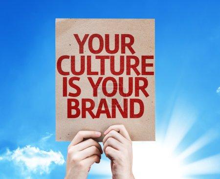 Photo pour Votre culture est votre carte de marque avec fond ciel - image libre de droit
