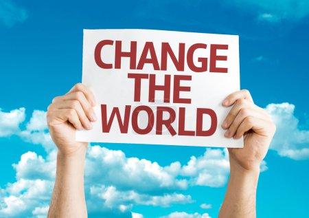 Photo pour Changer la carte du monde avec fond ciel - image libre de droit