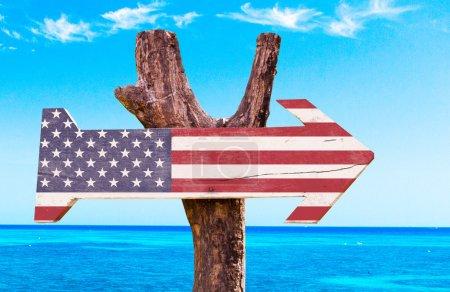 Photo pour Etats-Unis Drapeau signe en bois - image libre de droit
