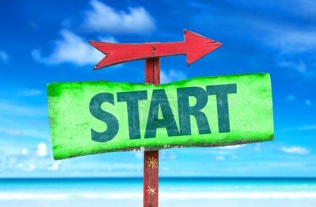 Text:Start on sign