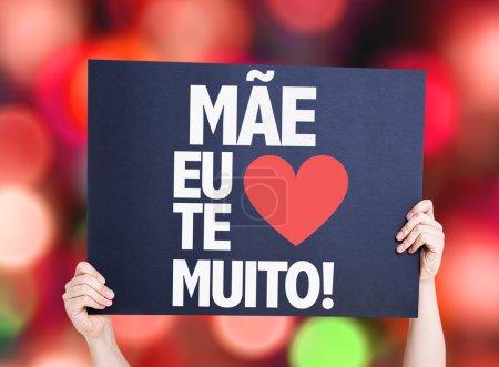 Photo pour Mère je t'aime tellement (en portugais) carte avec fond bokeh - image libre de droit