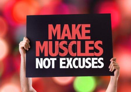 Photo pour Faire des muscles ne se contente pas de la carte avec fond bokeh - image libre de droit