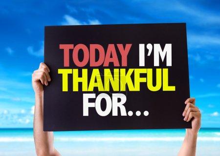 Photo pour Aujourd'hui Im Thankful for... carte avec fond de plage - image libre de droit