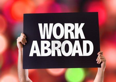 Photo pour Travailler à l'étranger carte avec fond bokeh - image libre de droit