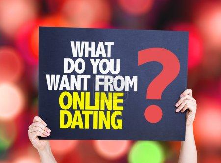 Photo pour Que voulez-vous de rencontres en ligne ? carte avec fond bokeh - image libre de droit