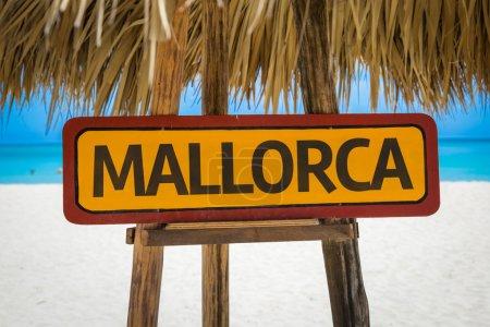Mallorca text sign