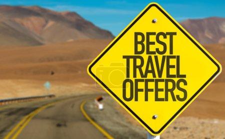 Photo pour Meilleures offres de voyage signer sur la route du désert - image libre de droit
