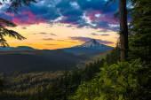 """Постер, картина, фотообои """"красивая перспектива капота горы в Орегоне, США"""""""