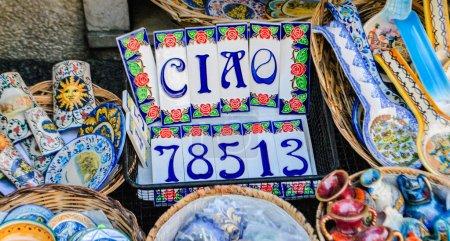 Photo pour Le célèbre art sicilien de la décoration en céramique - image libre de droit