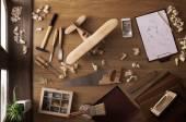DIY projekt doma: dřevěná hračka letadlo