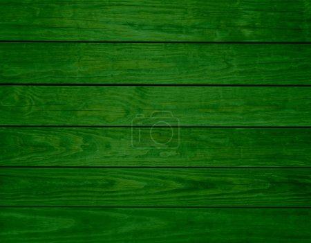 Photo pour Poutres en bois vert - image libre de droit