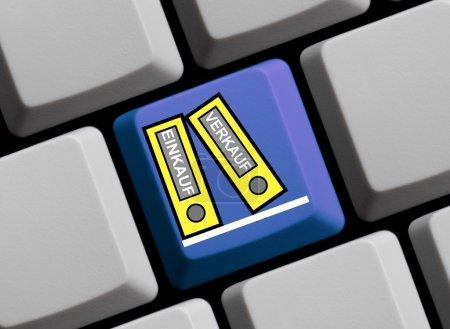 Photo pour Deux dossiers de remplissage sur ordinateur clavier montrant achat et bradage en langue allemande - image libre de droit