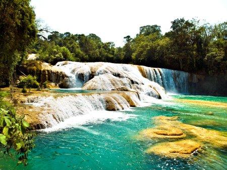 Foto de Cascada Aqua Azul en Chiapas México - Imagen libre de derechos