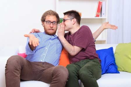 Men's rumors on the couch