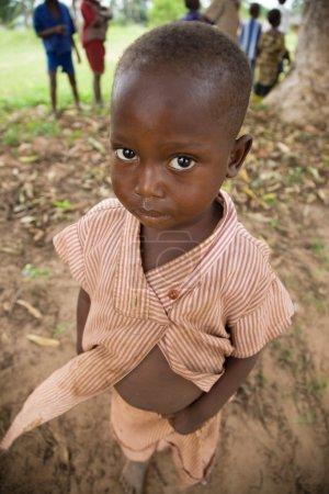 Photo pour RDC, République démocratique du Congo. Mission de l'UNICEF contre le tétanos en septembre 2008. Enfants du Congo. - image libre de droit